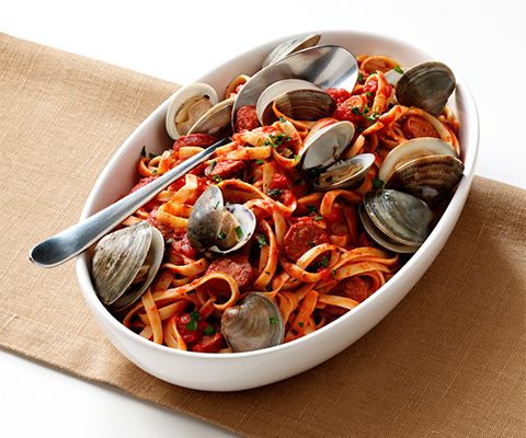 Spicy Fettuccine with Clams