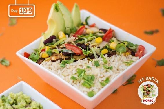 Vegetarische Mexicaanse rijstbowl