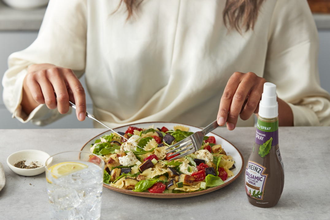 Heinz Balsamic & Garlic Salad Dressing Spray